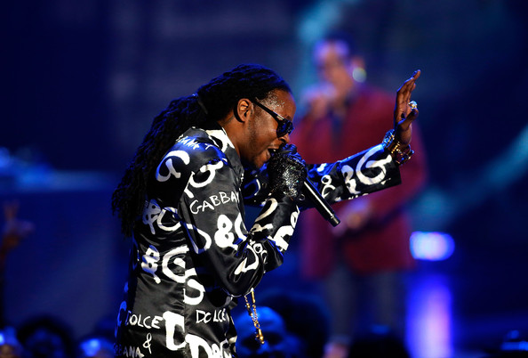 2 Chainz, Miguel, Ne-Yo, John Legend y Keyshia Cole en los Soul Train Awards