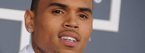 "Chris Brown, denunciado por ""robar"" a un seguidor"