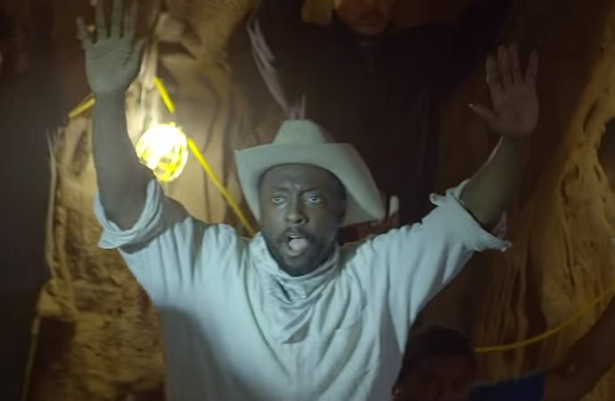 "Black Eyed Peas prepara su regreso con el impactante vídeo ""Big Love"""
