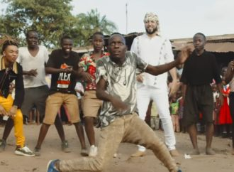 "French Montana, Triplet Ghetto Kinds y el vídeo ""Unforgettable"" en Uganda"