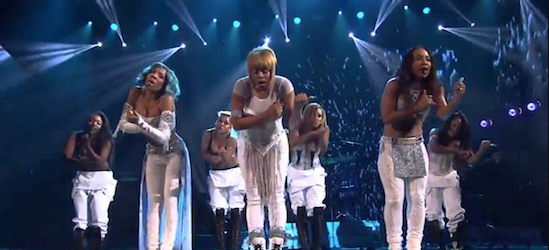 TLC y Lil Mama regresan en los American Music Awards (AMAs)