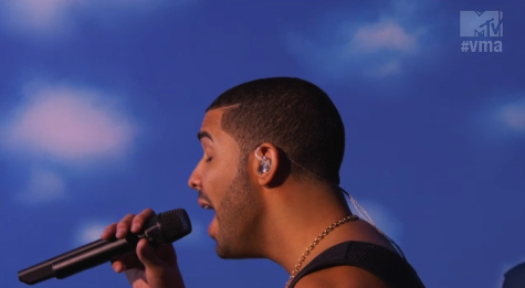 """Drake presenta """"Hold On, We´re Coming Home"""" y """"Started From The Bottom"""" en los VMAs"""